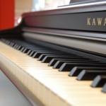Як вибрати цифрове фортепіано для дому?