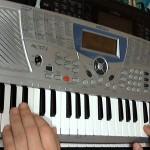 Огляд дитячого синтезатор Medeli MC-37A